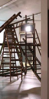 Helena Hartmann, Installation, Von findigen Fingern und lästigen Leitern, Kunsthalle Weseke
